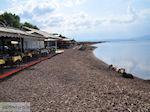 Terrasjes aan het strand van Skala Kallonis